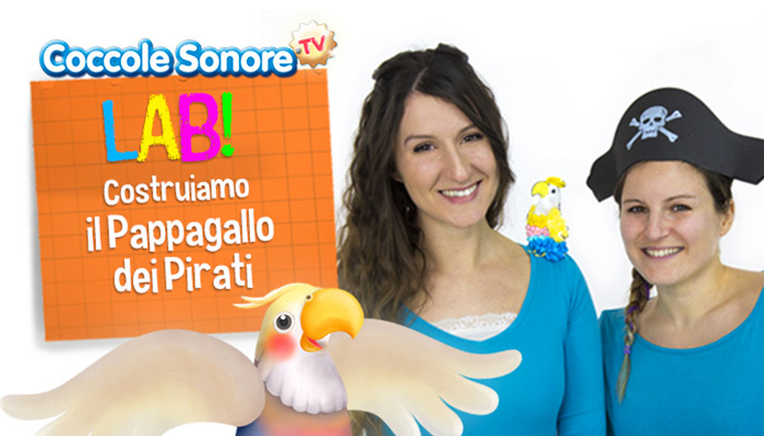 Greta e Federica con pappagallo pirati