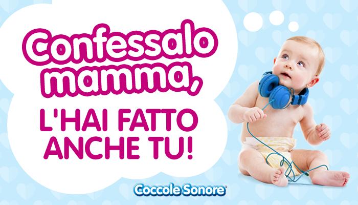 bambino neonato con cuffie