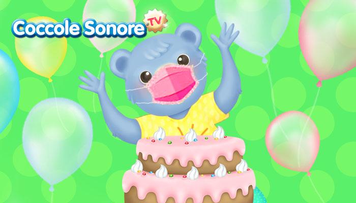 orsetto con la mascherina davanti a una torta festeggia il compleanno in tempi covid