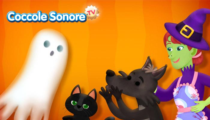 Strega, cane e gatto nero davanti al fantasma di Halloween, Coccole Sonore